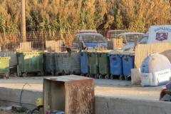 Der Müllplatz am Ende der Bucht