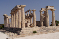 Der Aphäa-Tempel von der Rückseite