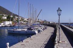 Der Porto Turistico von außen ...